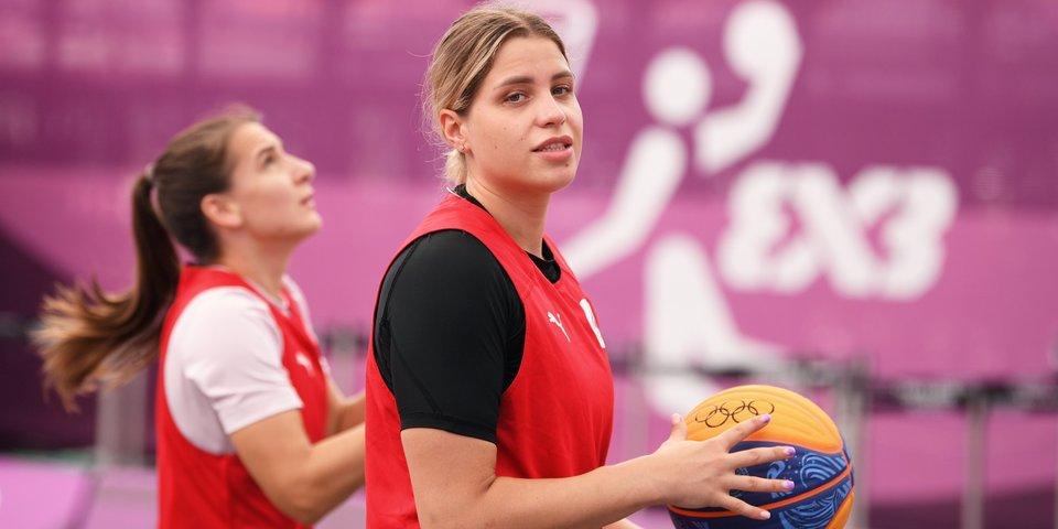 Россиянки обыграли Японию в первом в истории баскетбольном матче 3×3 на Олимпиаде