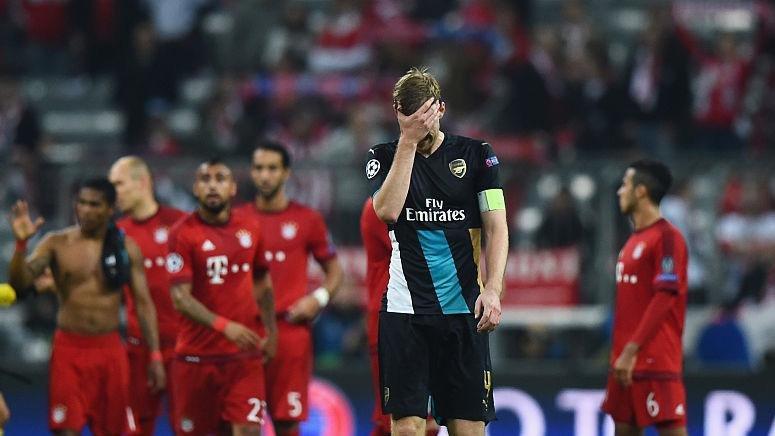 Мертезакер завершит карьеру и возглавит академию «Арсенала»
