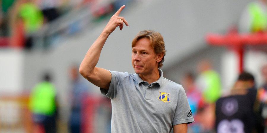 Карпин после победы над ЦСКА покинул пресс-конференцию, ответив только на один вопрос