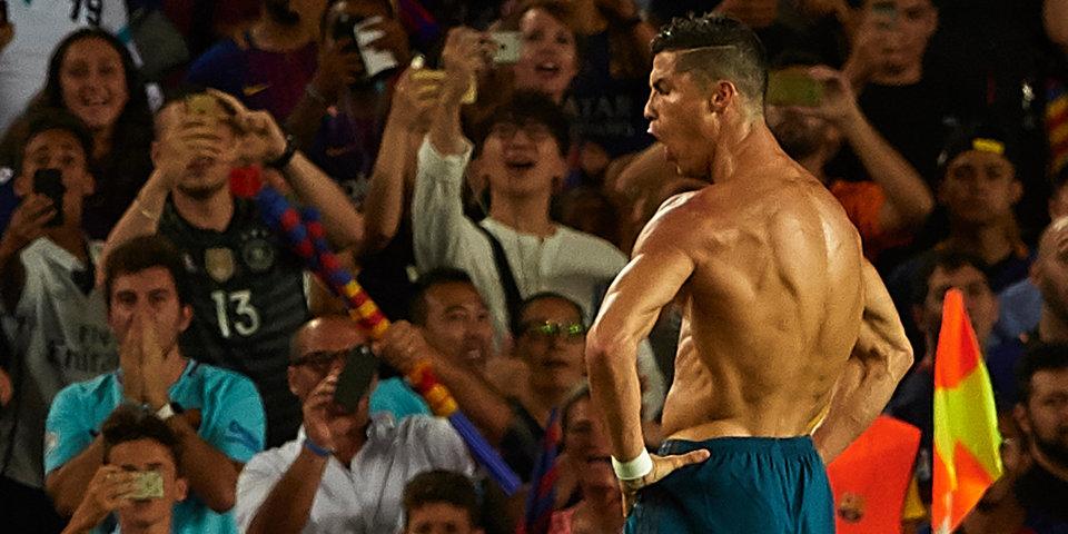 Роналду останется в «Реале», если будет получать вдвое больше Месси и Неймара