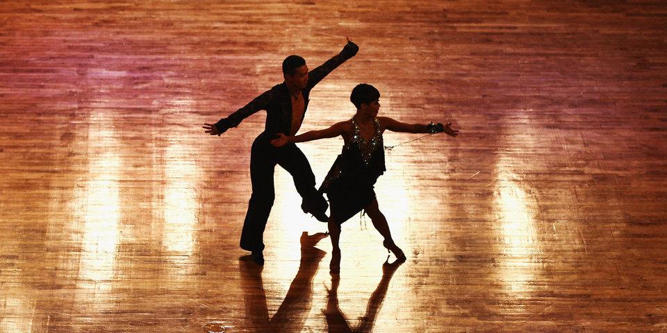 Бижокас и Демидова в десятый раз подряд выиграли Кубок мира по Европейским танцам