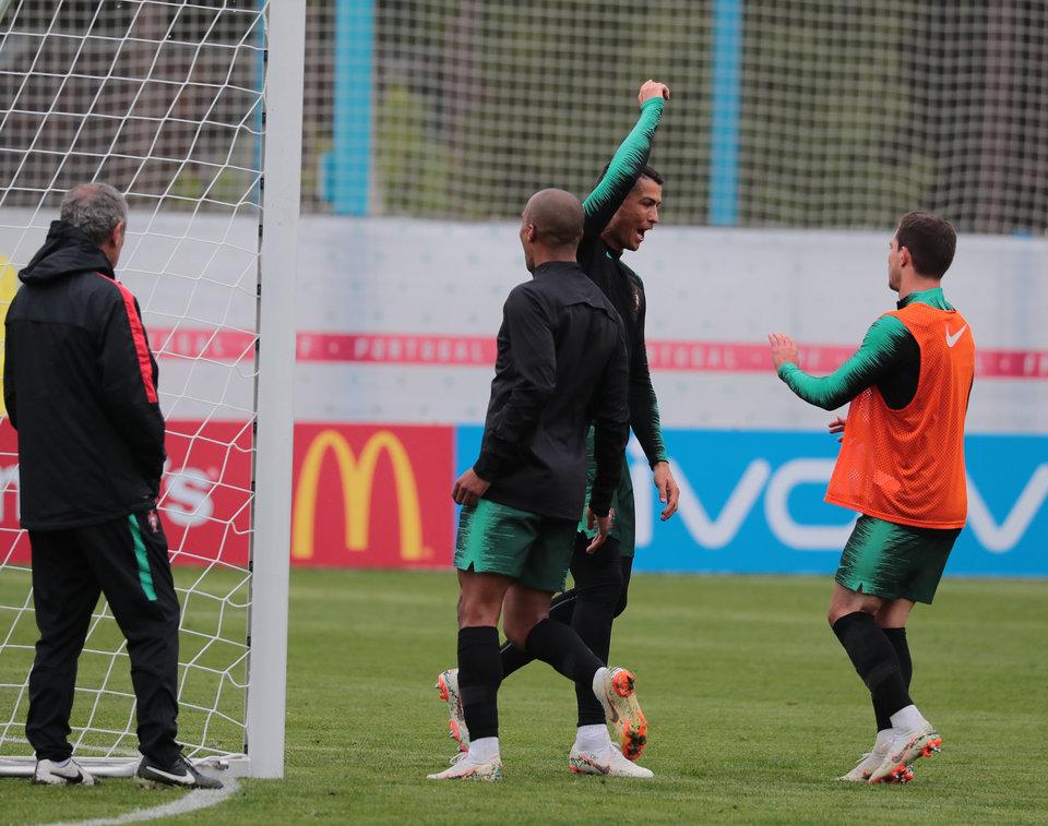 Португалия тренируется в полном составе перед матчем на ЧМ-2018