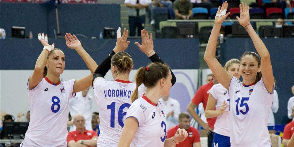 Россиянки одержали вторую победу на чемпионате Европы и вышли в плей-офф