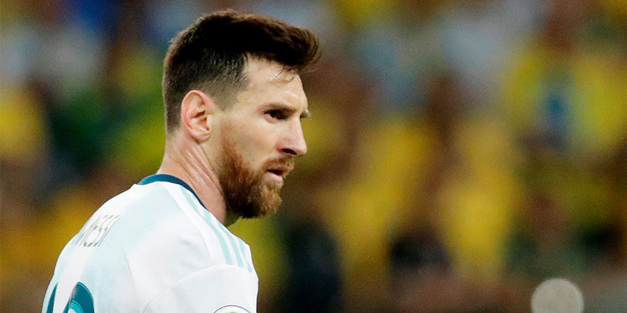 «Теперь ваша очередь проигрывать и молчать». Голкипер сборной Чили раскритиковал Месси