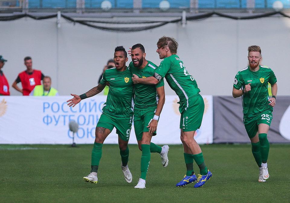 Стали известны стартовые составы на матч «Анжи» — «Енисей»