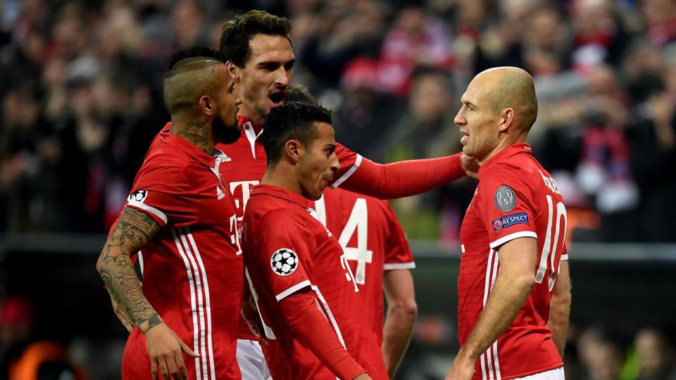 «Бавария» вырвала победу над «Лейпцигом», «Боруссия» сыграла вничью с «Аугсбургом»