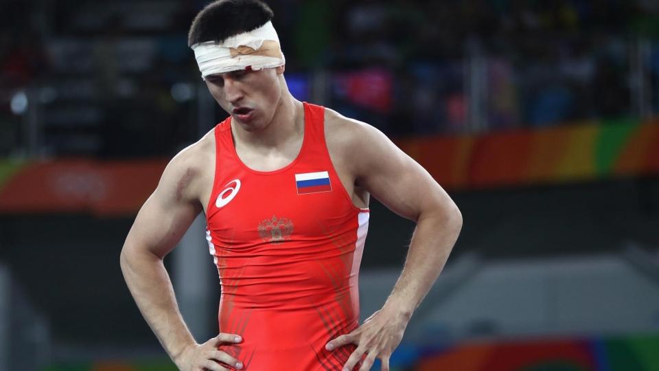 Двукратный олимпийский чемпион Власов уступил в 1/8 финала ЧМ по борьбе