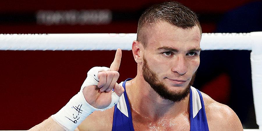 Хатаев нокаутировал соперника и вышел в полуфинал на ОИ в Токио