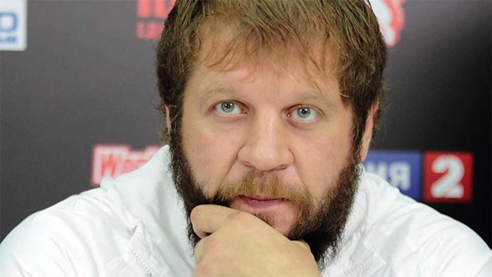 Александр Емельяненко: «Харитонов и Олейник – полуобмороки, которые доживают свой бойцовский век»