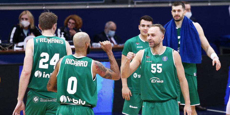 «Зелена-Гура» обыграла «Парму», уступая в 15 очков перед последней четвертью