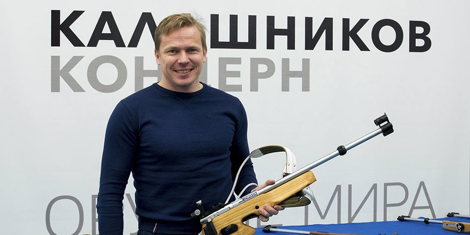 «На лыжах кататься не хочется, зато с удовольствием играю в хоккей». Чем сейчас занимается Иван Черезов