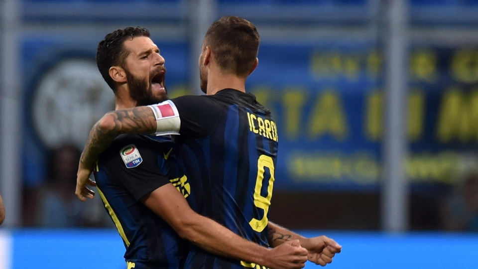 «Интер» вышел в лидеры в Италии, разгромив «Кьево»