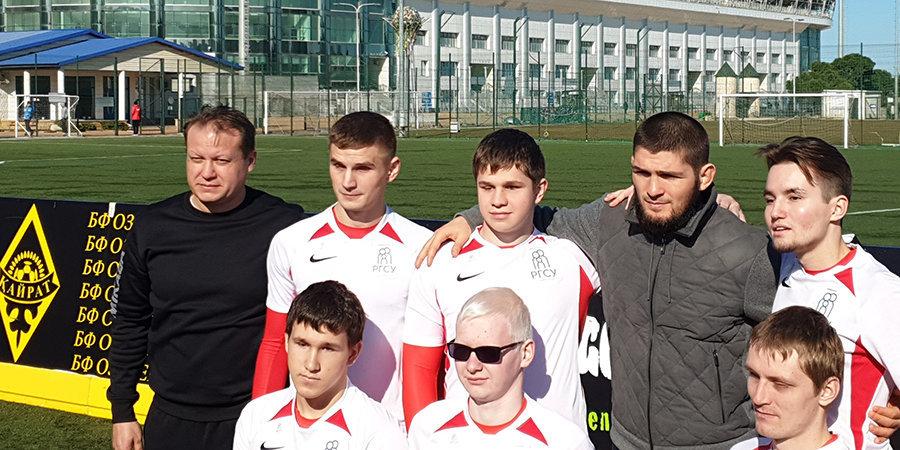 Хабиб пробил пенальти вслепую. Турнир незрячих футболистов в Дагестане – как это было