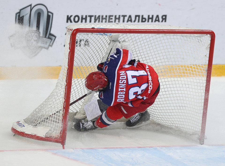 Болельщики ЦСКА приняли решение бойкотировать домашние матчи команды