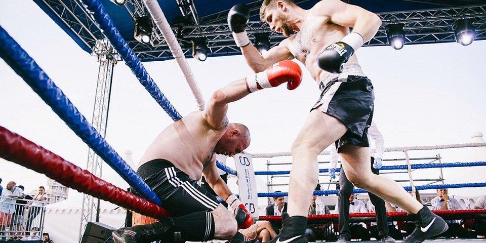 Боксер по прозвищу Палач 14 лет не может выиграть, но продолжает драться