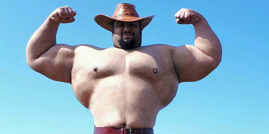 «Не употребляю стероиды и добавки». Иранский Халк весом 175 кг может подраться на голых кулаках с соперником Емельяненко