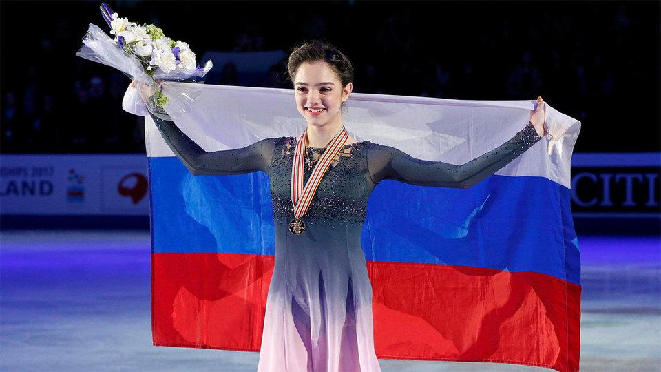 Медведева осталась непобедимой на чемпионате мира с новым рекордом