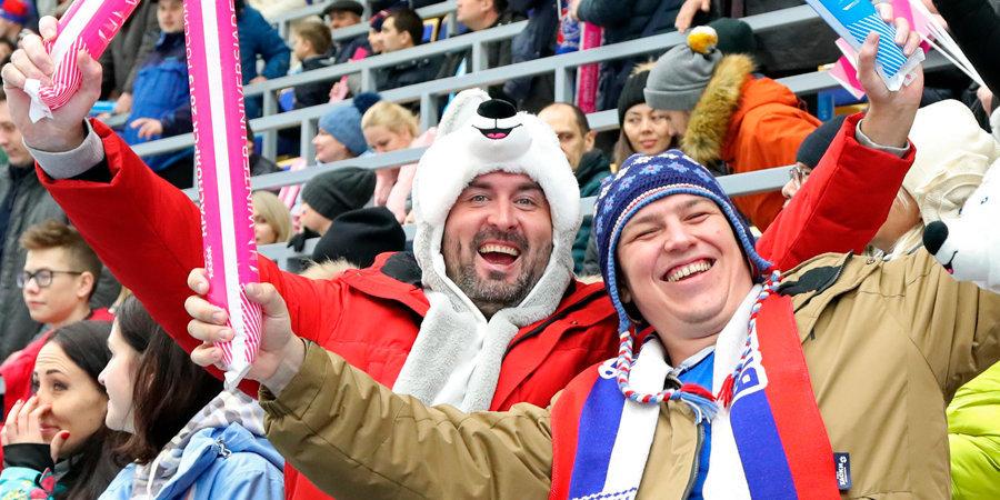 В Красноярске обожают хоккей с мячом. Фотодоказательства