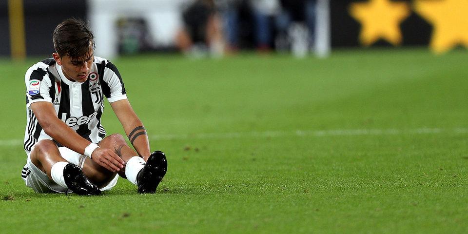 Дибала не забивает пенальти на 97-й минуте, у «Юве» первое поражение в серии А