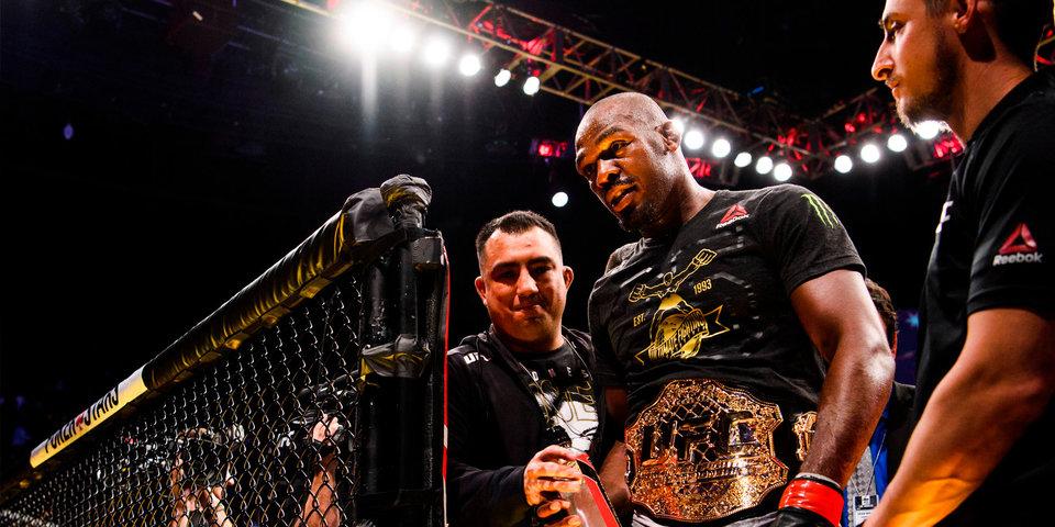 «Джон Джонс сказал: «Спасибо, Леня». Чемпиону UFC помогал русский спарринг-партнер с дипломом инженера