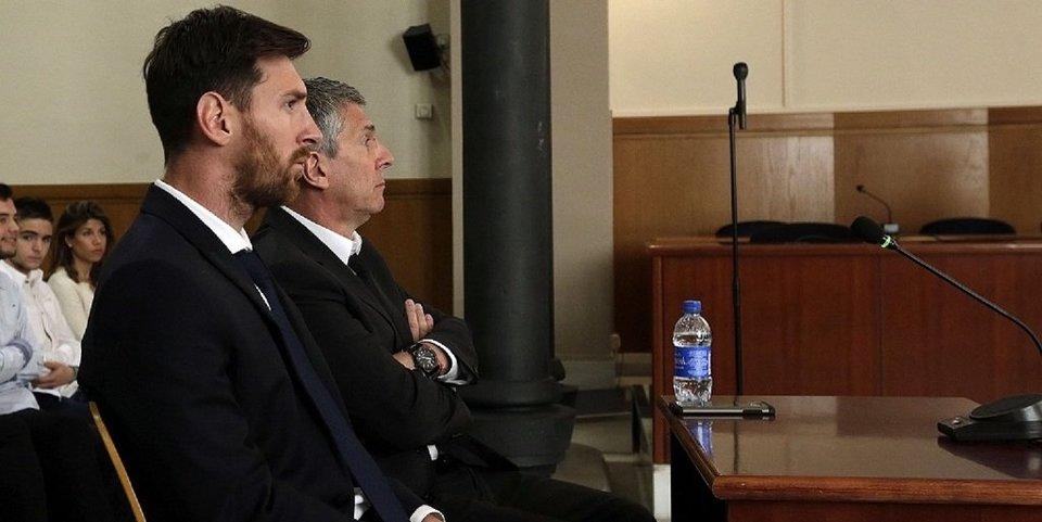 Президент «Барселоны» заявил, что Месси не нужно подписывать новый контракт