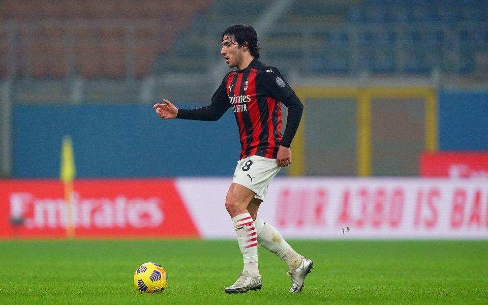 «Милан» выкупил Тонали у «Брешии»