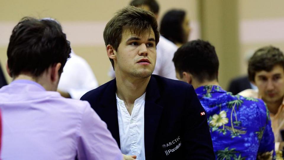 Норвежец Карлсен выиграл турнир на острове Мэн