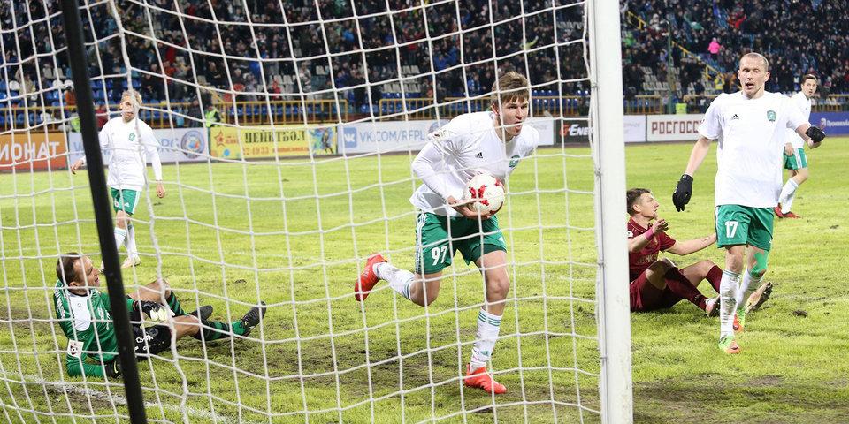 Соболев продолжит выступать за «Томь» до 2020 года
