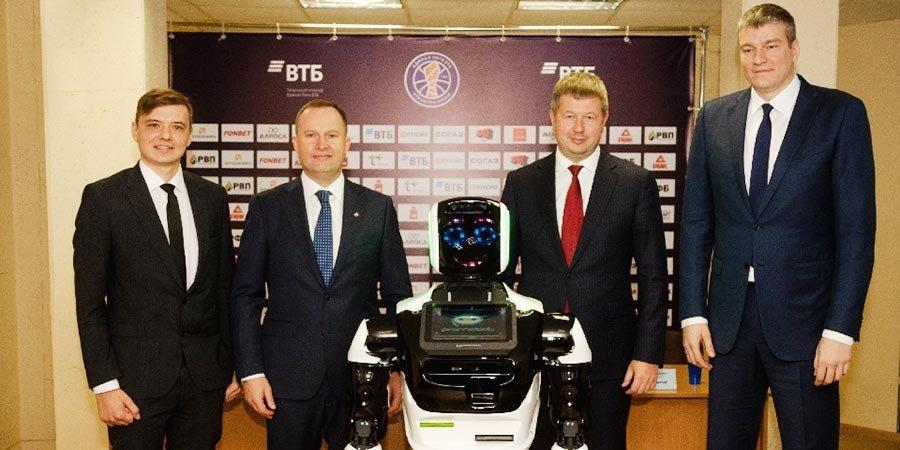Российский баскетбольный клуб первым в мире нанял робота-тренера