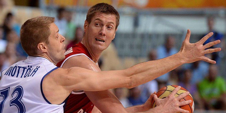 «Баскетбольную карьеру начал, когда попался на глаза футбольному скауту». Единственный в России трехкратный чемпион Евролиги