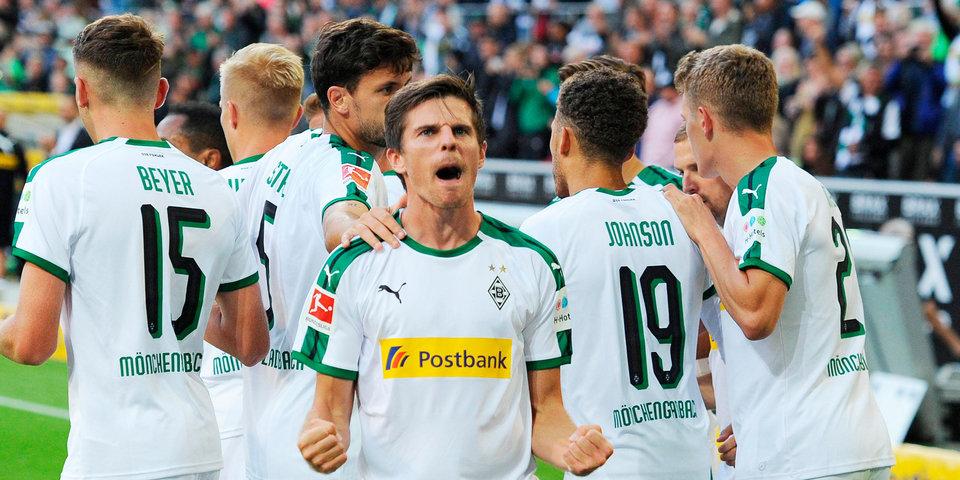 Менхенгладбахская «Боруссия» вырвала победу у «Шальке» и опередила «Баварию» в таблице
