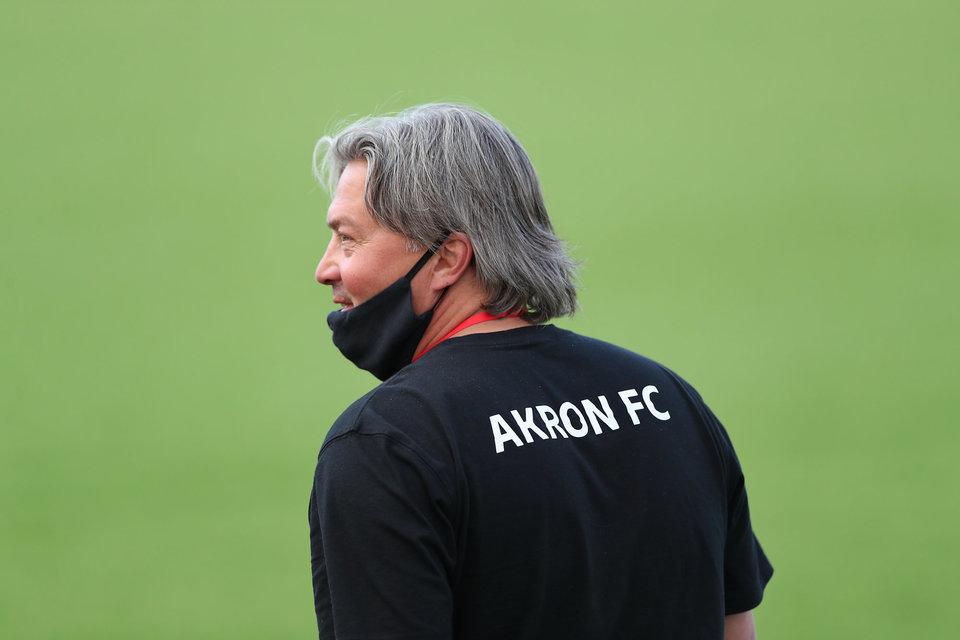 «Акрон» расстался с главным тренером. Команду может возглавить экс-наставник «Краснодара-2»