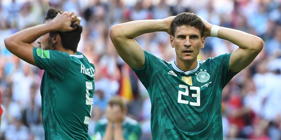 Перед игрой с Россией у немцев проблемы: билеты плохо раскупаются, а Ройс снова травмирован