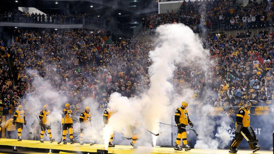 «Питтсбург» и «Флайерз» устроили шоу на стадионе, «Вашингтон» уступил в 900-м матче Овечкина