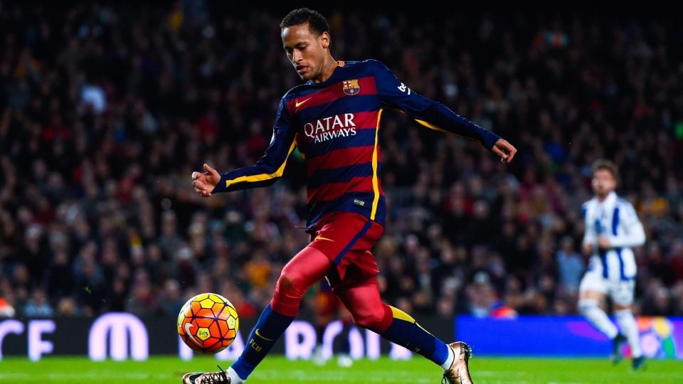 «Барселона» обжалует желтую карточку Неймара за симуляцию