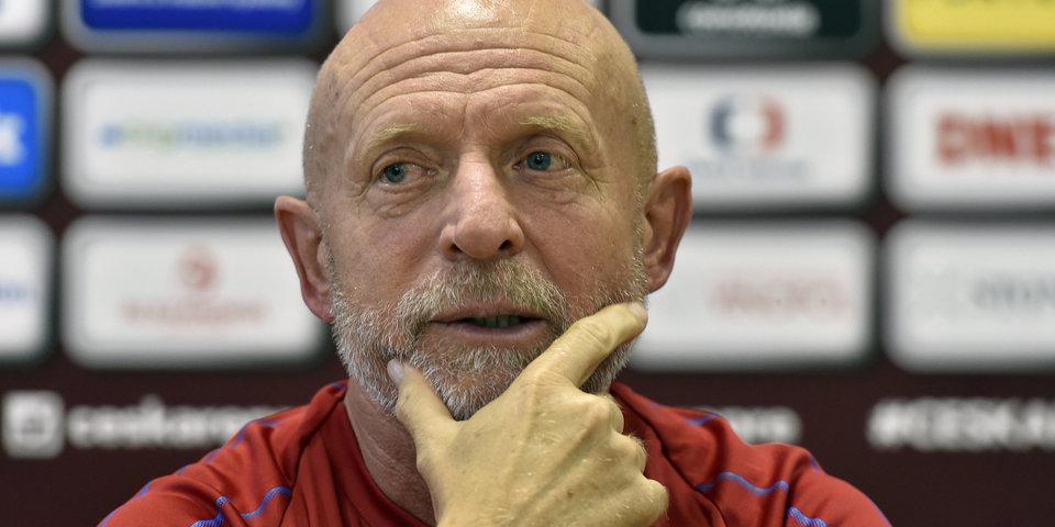 Главный тренер сборной Чехии ушел в отставку после поражения от России