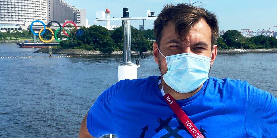 Я катался на яхте по Токийскому заливу. За такое вновь прибывших в Японию могут депортировать, но есть лазейка