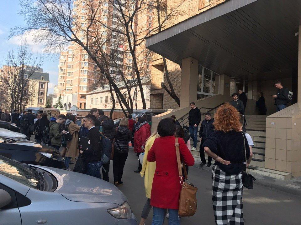 В Пресненском суде, где рассматривается дело Кокорина и Мамаева, объявлена эвакуация