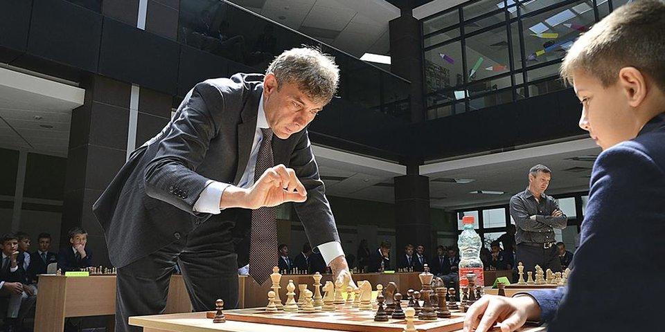 Галицкий, Шварценеггер, Гай Ричи и другие знаменитые фанаты шахмат