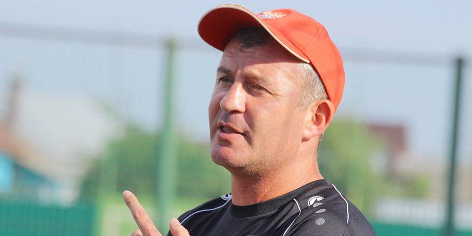 Лидер ФНЛ поменяет в заявке главного тренера