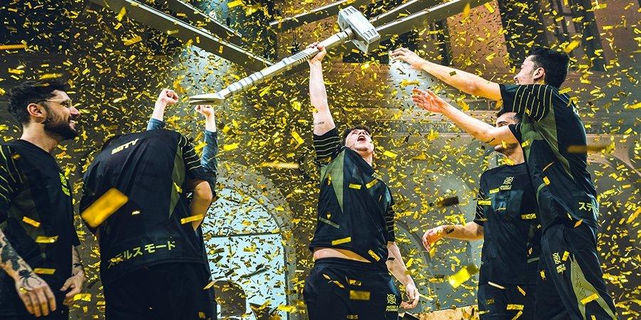 Бразильская феерия. Во Франции прошел чемпионат мира по Rainbow Six с призовым фондом 3 миллиона долларов