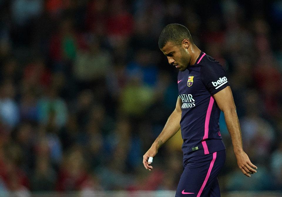 Игрок «Барселоны» Рафинья может пропустить остаток сезона, Серхи Роберто выбыл на 3-4 недели