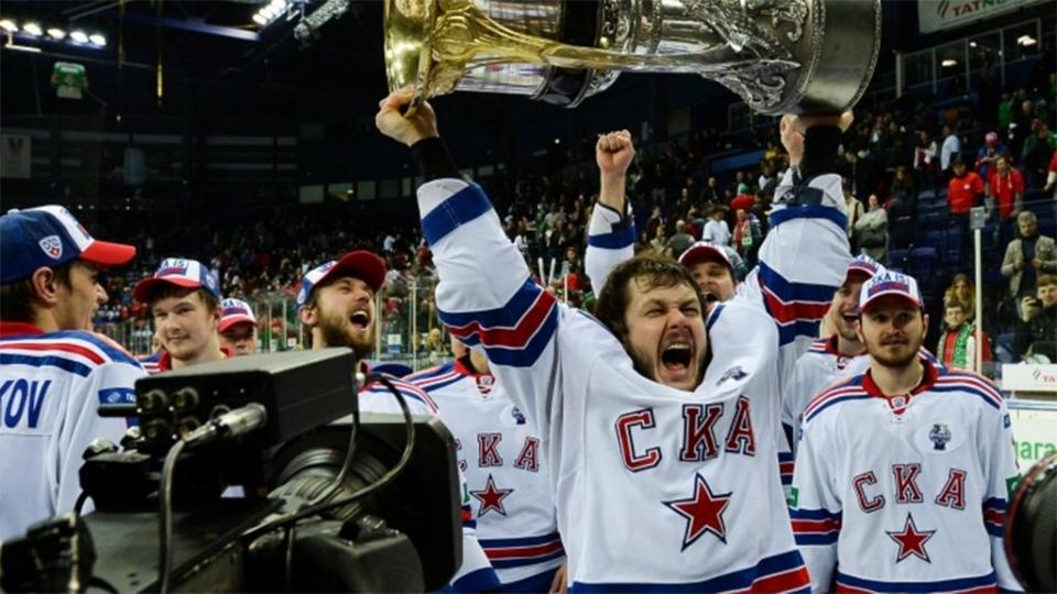 Дадонов подпишет контракт с «Вегасом»?