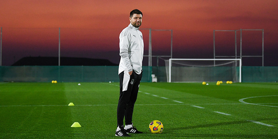 Мусаев вел переговоры с «Ференцварошем», но клуб выбрал другого тренера