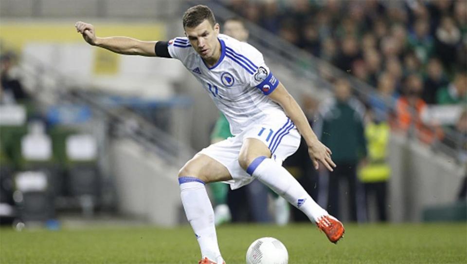 Представители «Реала» просматривают Джеко на матче Испании и Боснии и Герцеговины