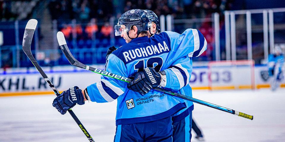 Восемь хоккеистов покинули состав «Сибири», в их числе — лучший бомбардир Руохомяя