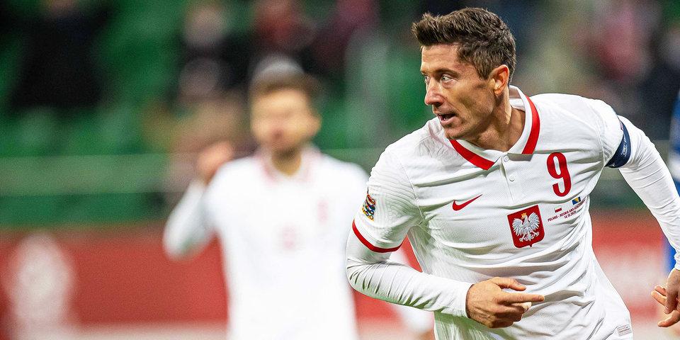 Польша ушла от поражения в матче с Исландией
