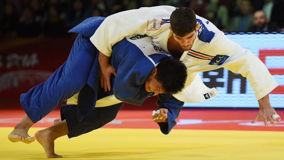 Россияне выиграли пять медалей в первый день ЧЕ по дзюдо среди юниоров