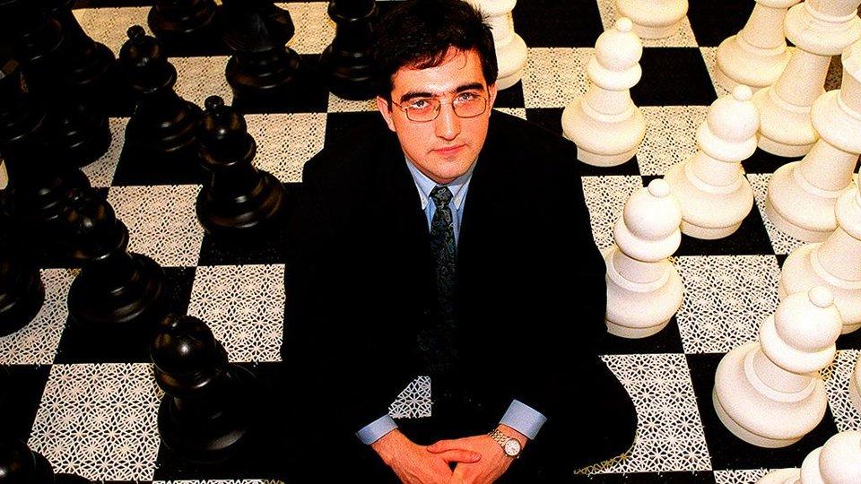 Крамник обыграл Карлсена в Норвегии