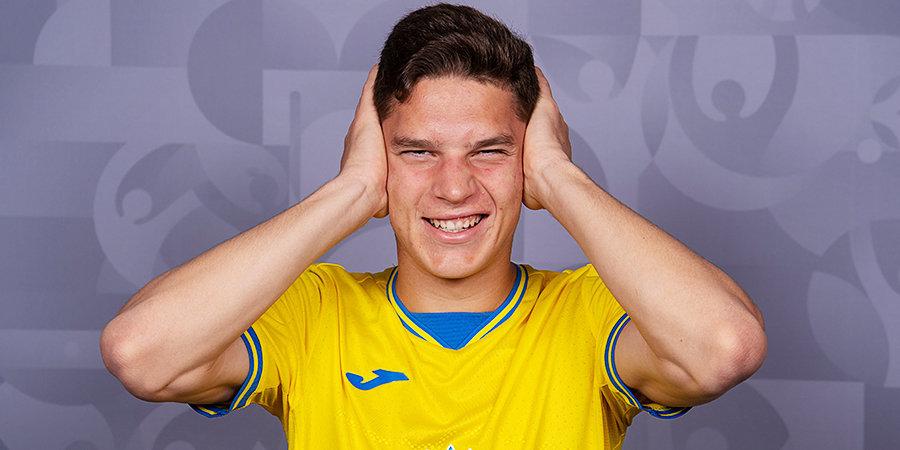 Украинские футболисты решили разыграть пенальти и не забили его